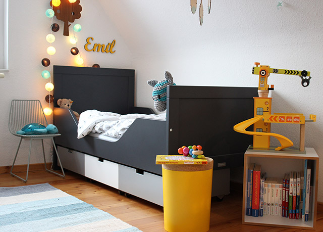 ein bett f r unseren kleinen gro en mini sanvie mini. Black Bedroom Furniture Sets. Home Design Ideas